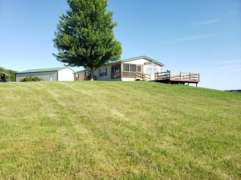 Iowa Lodge and Deck